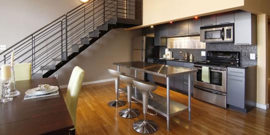 1027 Arch Street Lofts