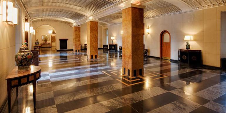 Rittenhouse Plaza Columns