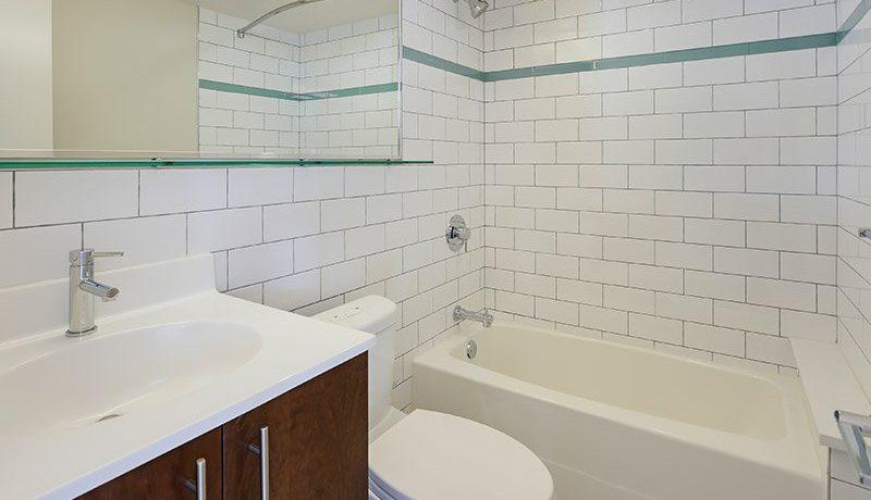 Eakins Bath