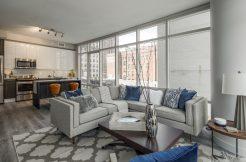 1213 Walnut Living room