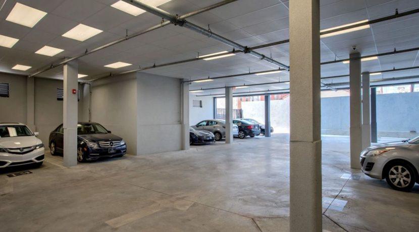1200 Washington_Parking